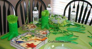 DINOSAUR Party Ideas - DIY dino theme decor & invitations - Paper Mache Recipe