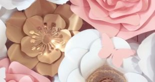 Paper Flower Backdrop in White, Pink and Gold - #Backdrop #Flower #Gold #paper #...